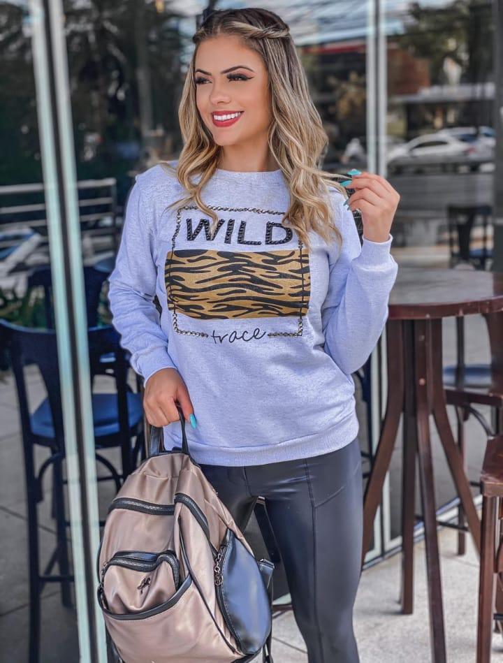 Blusa de Moletom feminino com estampa Wild