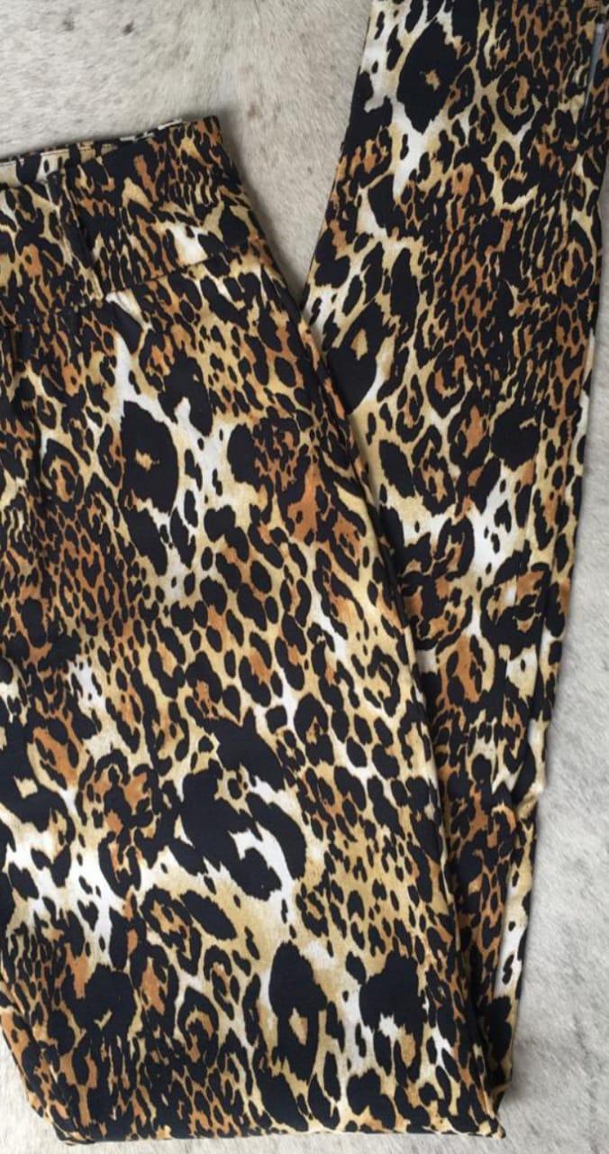 Calça Feminina de  Estampa de Onça de Begaline