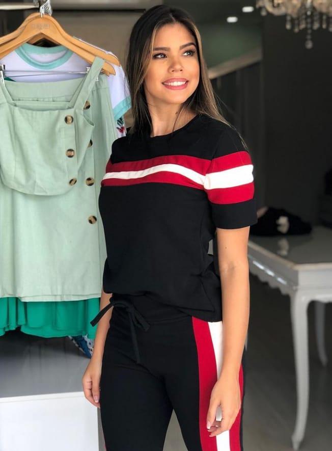Conjunto de blusa e calça de crepe com  elastano