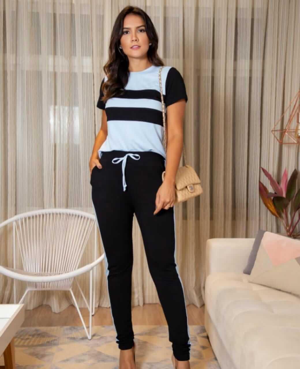 Conjunto de calca e blusa com listras em moletinho com elastano
