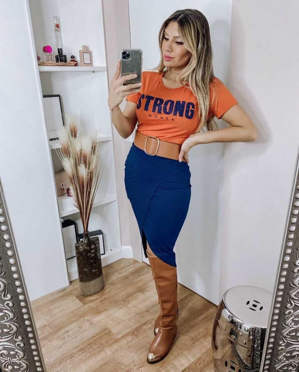 Conjunto Feminino De Saia E T-Shirts Em Viscolycra