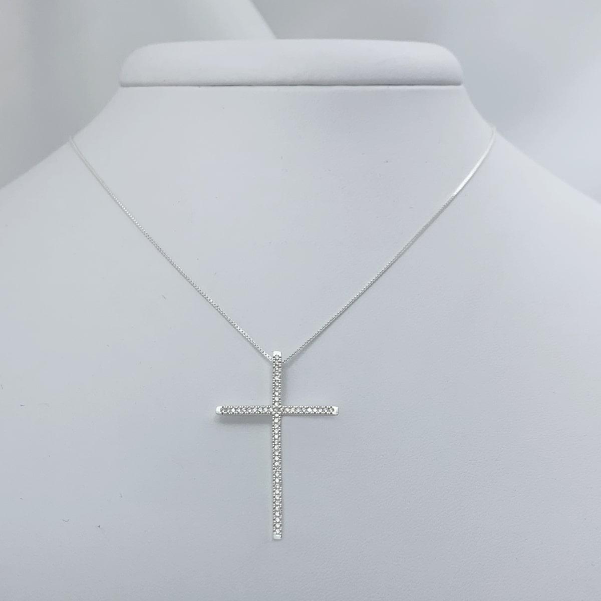 Colar Crucifixo Grande Cravejado de Zircônias, Prata 925