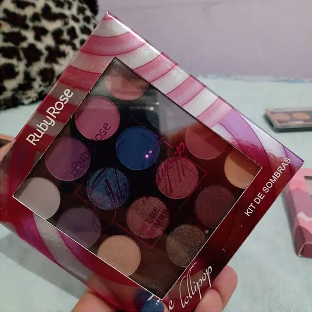 Paleta com 15 Sombras The Lollipop - Ruby Rose