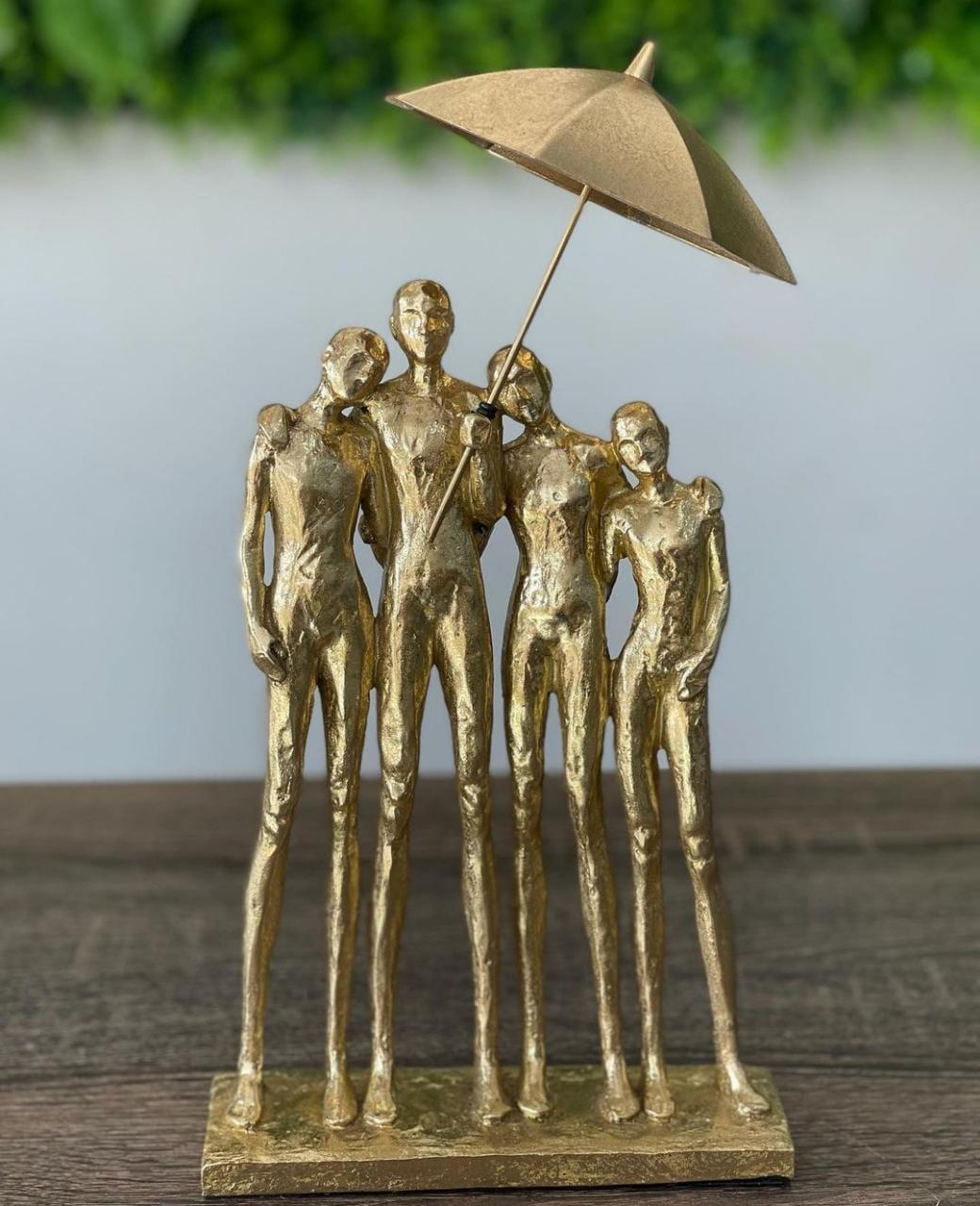 Figura Decorativa Resina Dourada 19x10x28cm