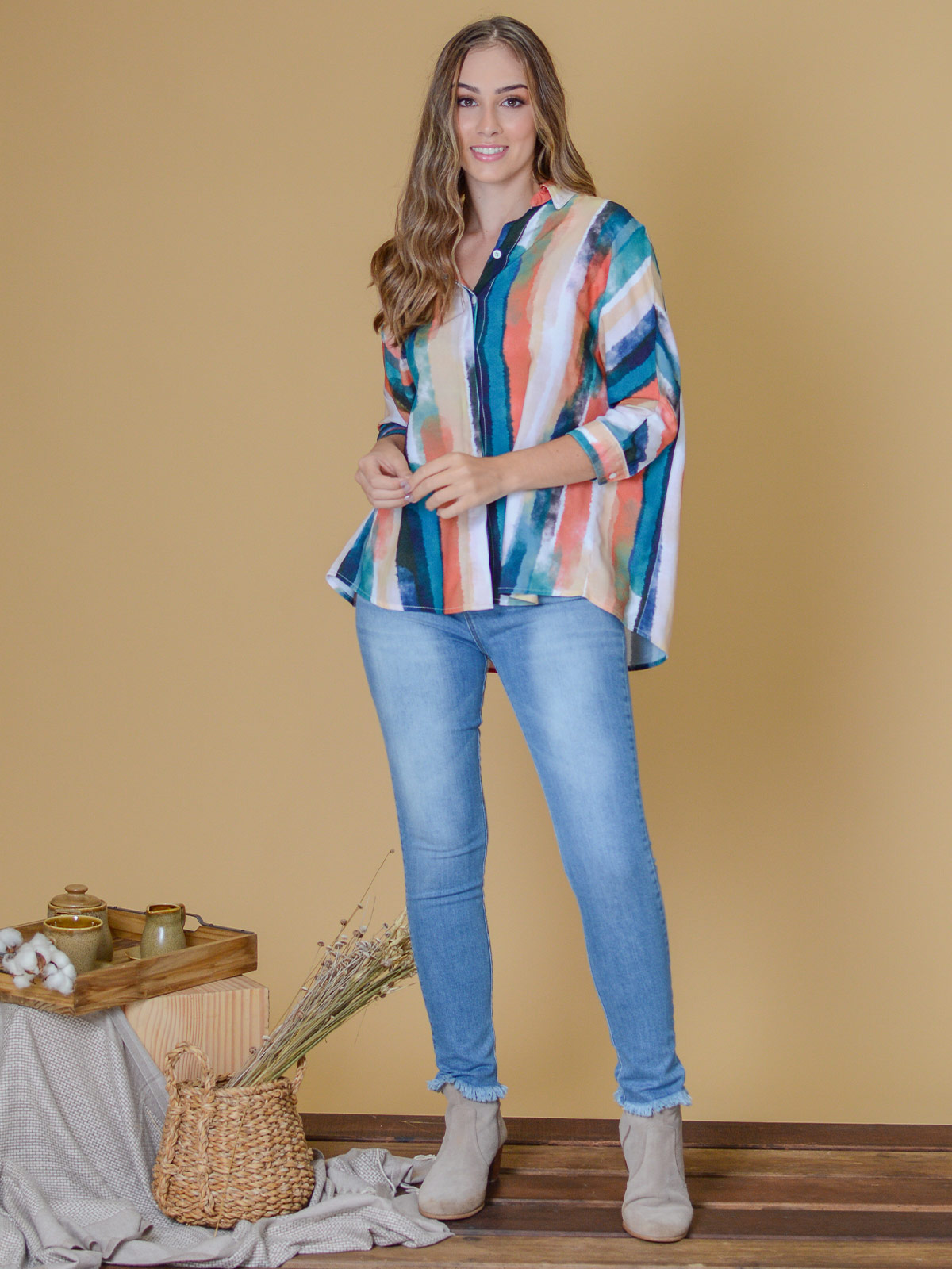 Camisa Listras Coloridas Aquareladas