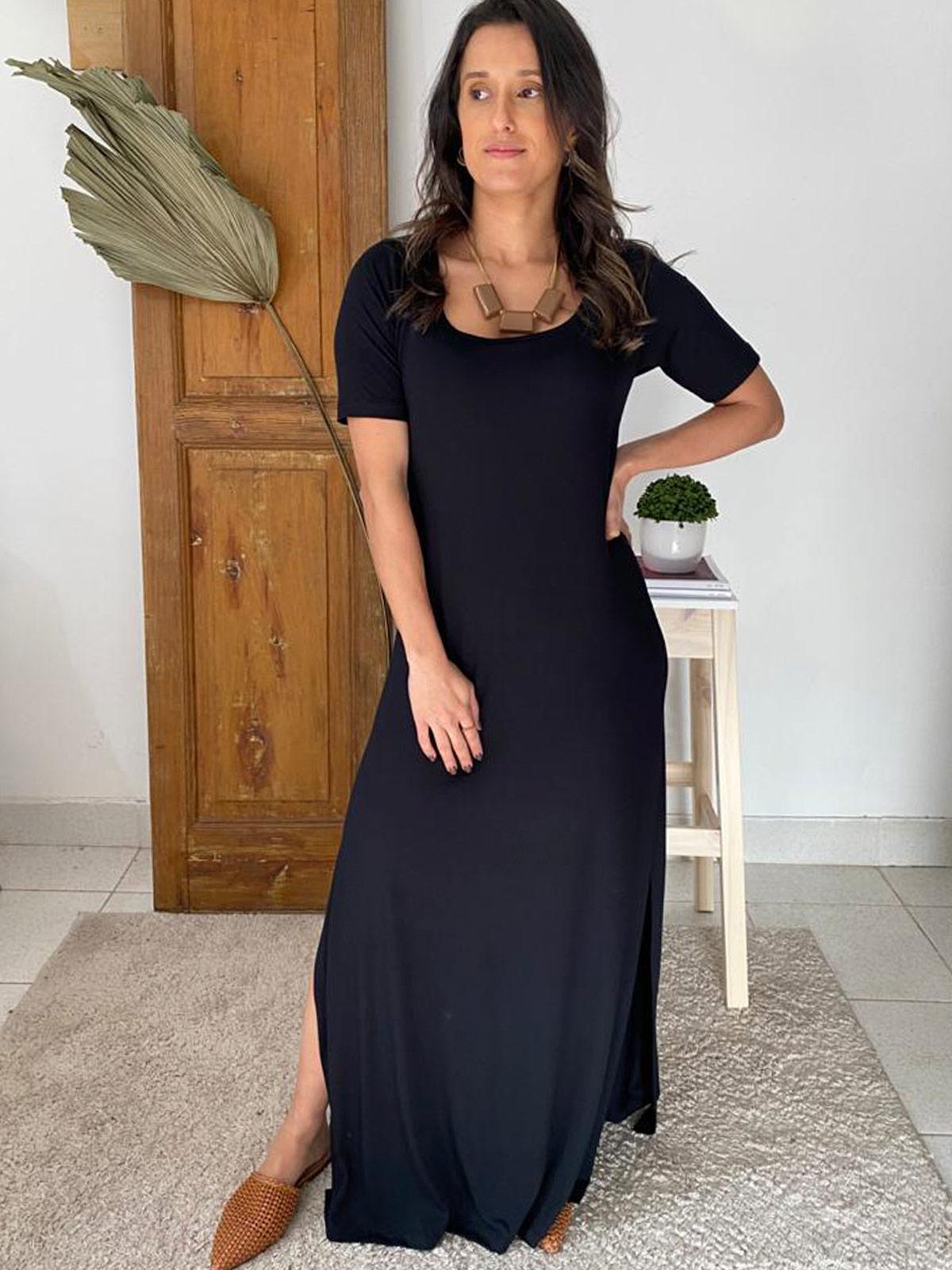 Vestido Longo Básico com Bossa