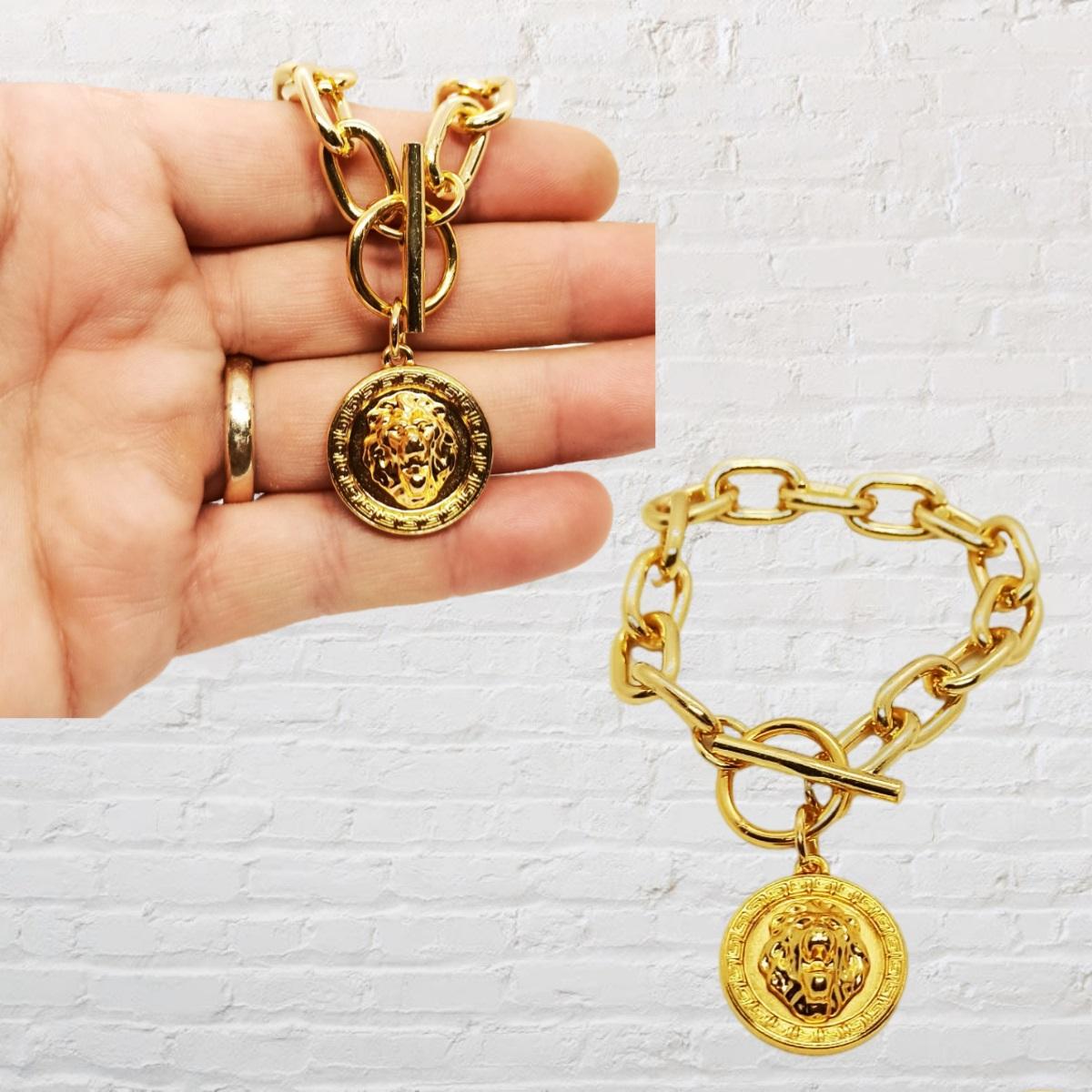 Pulseira Medalha de Leão, Elos Grandes, Dourada.
