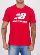 Camiseta new balance essentials vermelha masculina estampa frontal