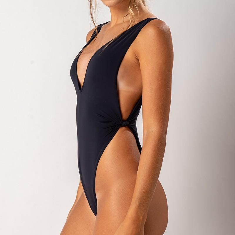 Maiô Amanda Preto