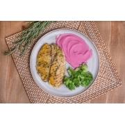Filé de St Peter com ervas + Pure rosa (inhame + beterraba) + escarola refogada ou brócolis  (280g)