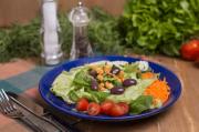 Salada Copo Delifresh com molho italiano + Saltenha carne (320g)