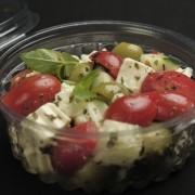 Salada grega pequena + molho pesto (130g)