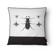 Capa Almofada Beetle