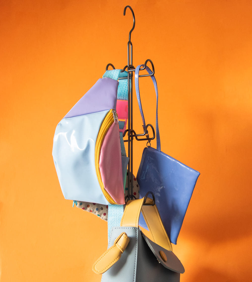 Cabide Vertical para Bolsas e Acessórios  - CASACOBRE