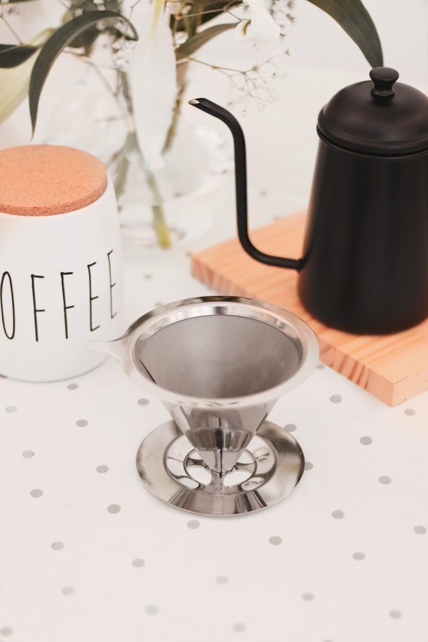 Kit Jarra de Café + Filtro Coador Reutilizável Inox  - CASACOBRE