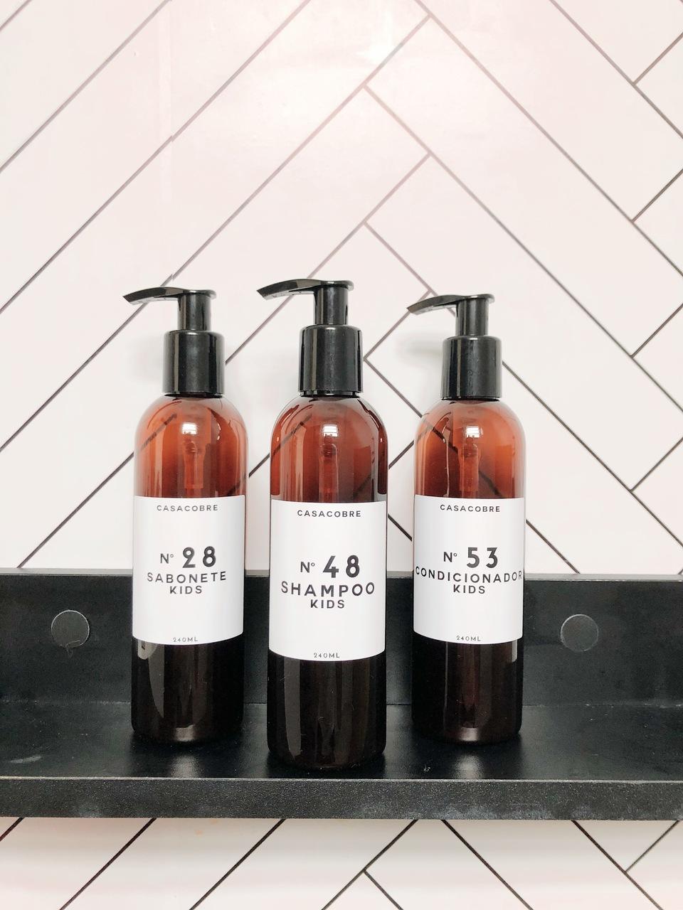 Mini Frasco Âmbar Shampoo Kids - 240ml  - CASACOBRE