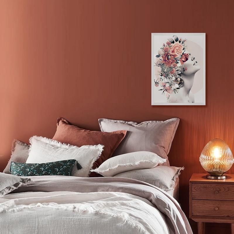 Quadro com Moldura Branca Moderna 40x60cm Mulher Flores Surreal Colorido - Hugart