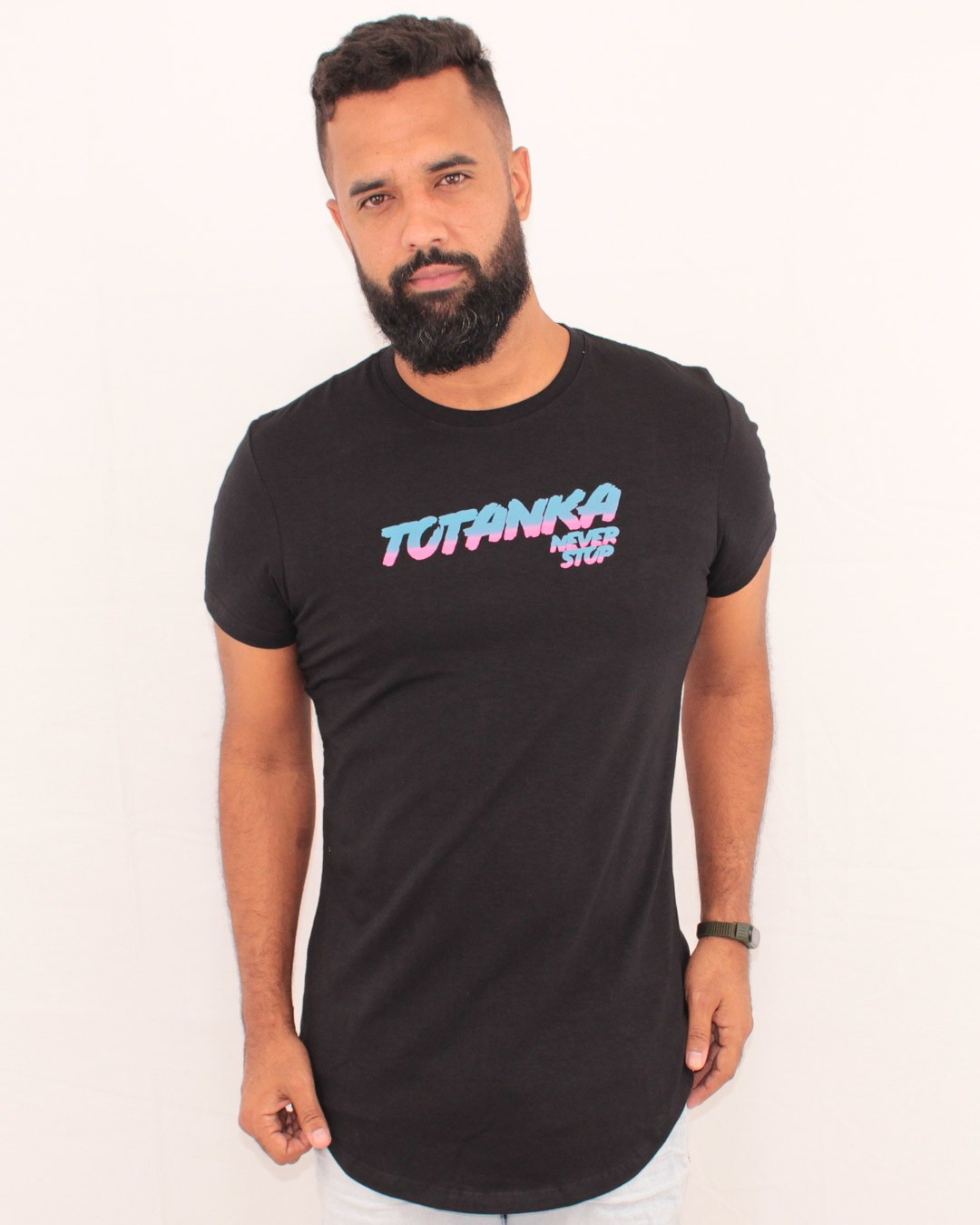 CAMISETA LONGLINE TOTANKA STATE OF GLORY