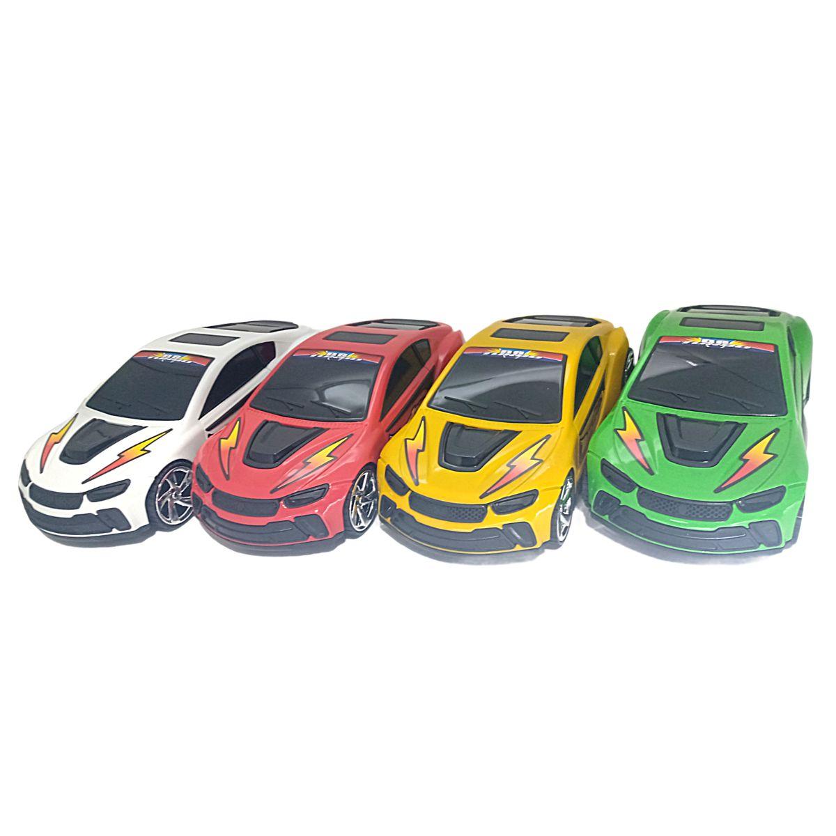 Carro de Brinquedo Bs Turbo Diferentes Cores Com Fricção
