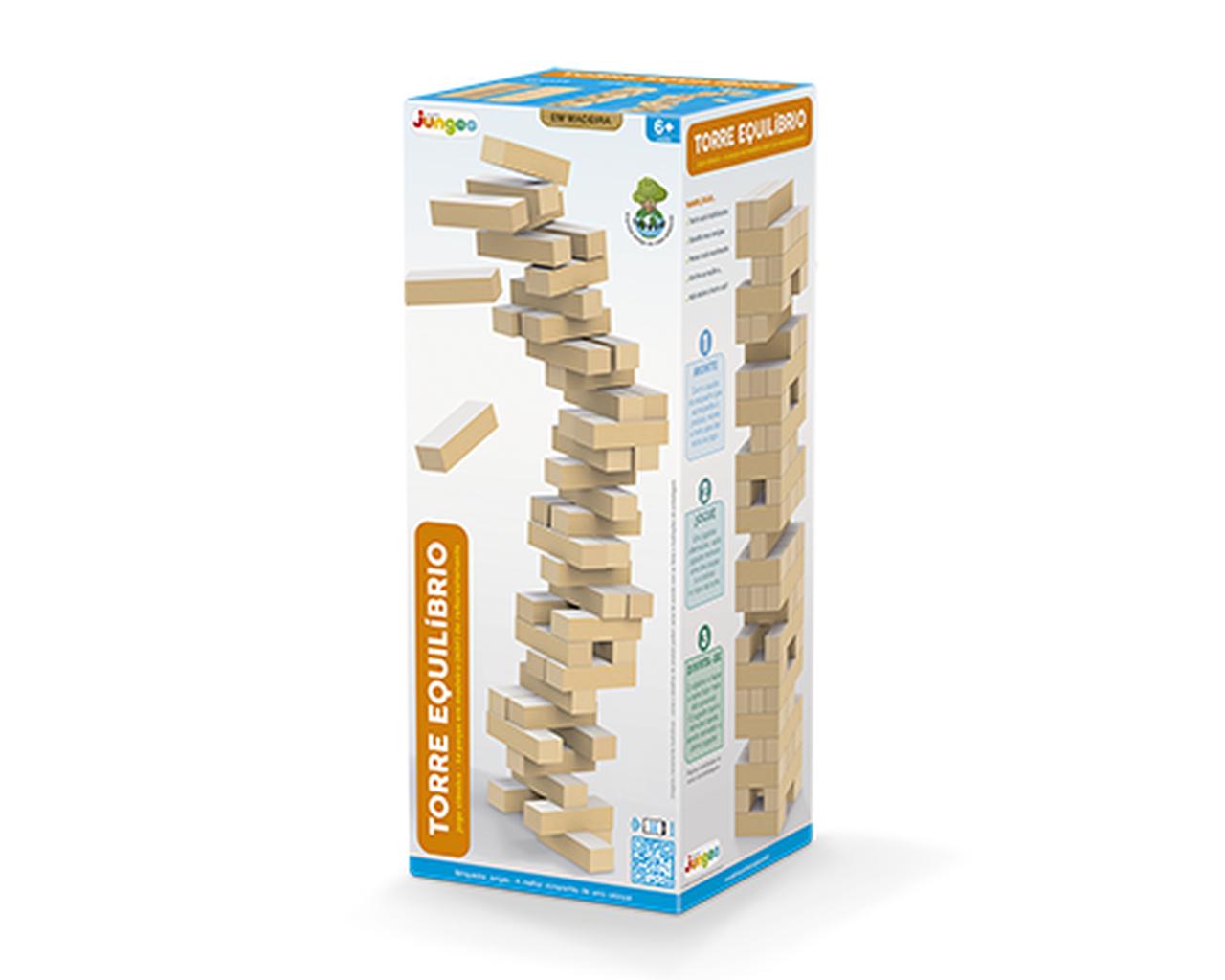 Torre de Equilibrio em Madeira Junges