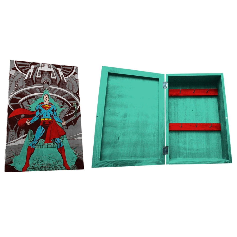 Porta Chave Com Porta Madeira DC Superman Being Attacked.