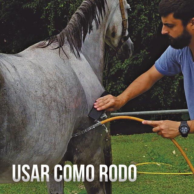 Raspadeira para Cavalos AM Ferramentas Individual Multiuso
