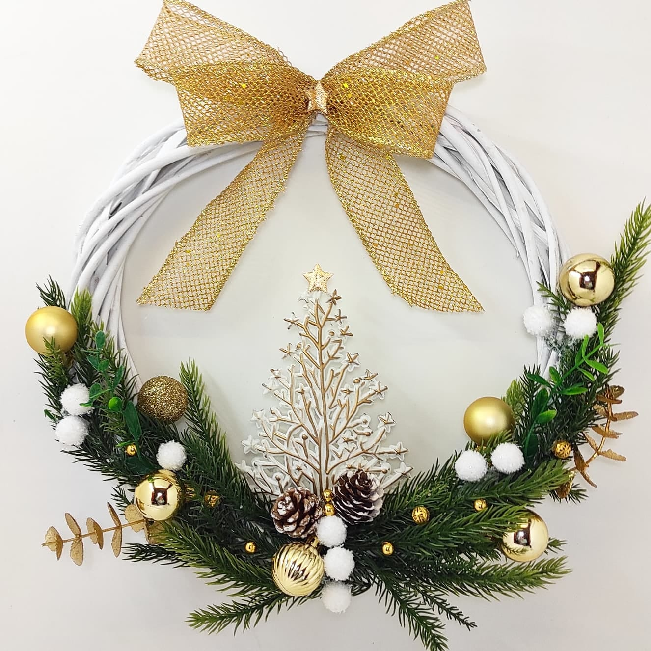 Guirlanda Natal Branca Rústica  Dourada