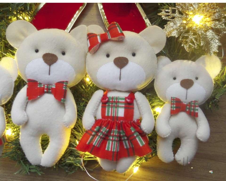 Guirlanda Natal Família com 4  Ursinhos