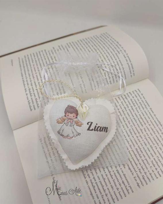 Lembrancinha Batizado Coração Personalizado  em Linho