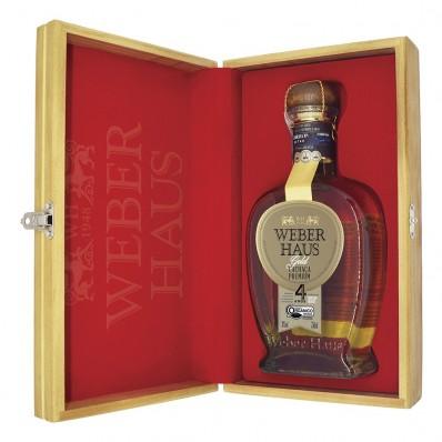 Estojo Veludo com 1 Cachaça Premium Gold Weber Haus 4 Anos 750ml