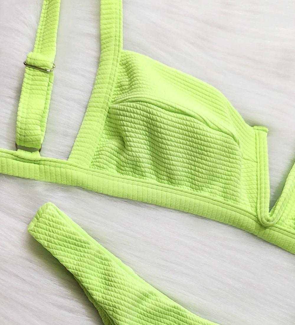 Conjunto Biquíni Decote V Asa Delta Summer - Verde Neon