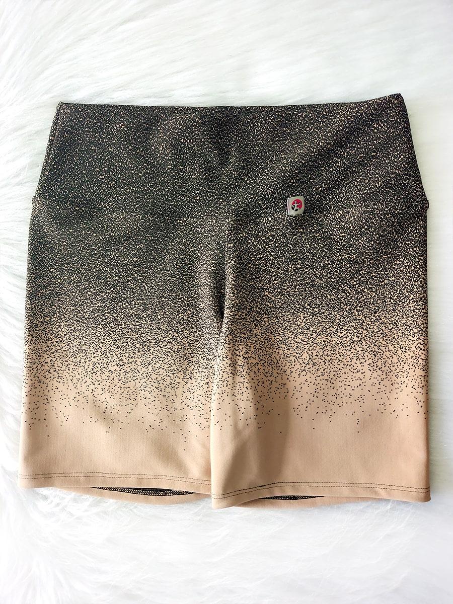 Conjunto Top e Shorts Degrade Preto e Creme