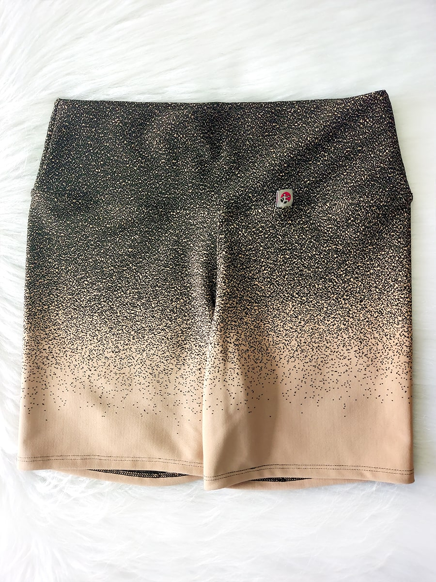 Shorts Degrade Preto e Creme