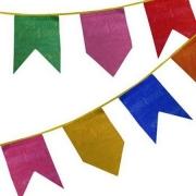 Bandeirinha  festa  Junina de plástico  Pacote C/ 21 Bandeiras Coloridas, 10 Metros de Barbante