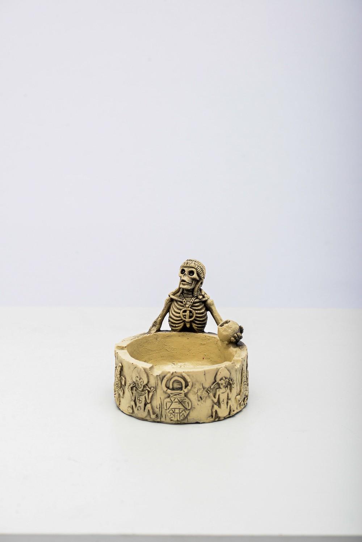 Cranio Cinzeiro Canibal Resina