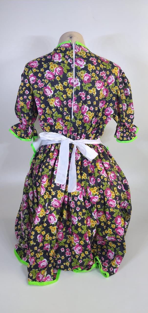 Vestido Adulto Junino Avental Preto Flores Tam. M