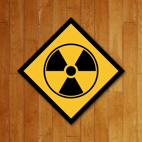 Placa Decorativa Radioativo