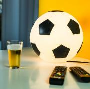 Abajur Infantil Luminária de Mesa Bola De Futebol - Preto e Branca