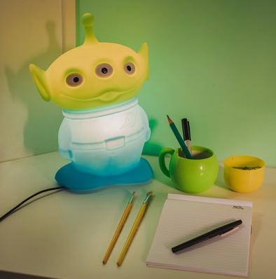 Abajur Infantil Luminária Alien de Mesa Toy Story - Licenciada