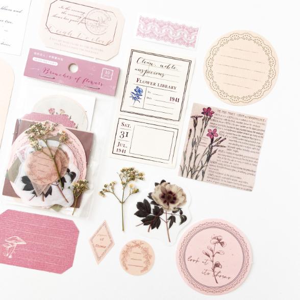 Kit Recortes e Adesivos Rosa