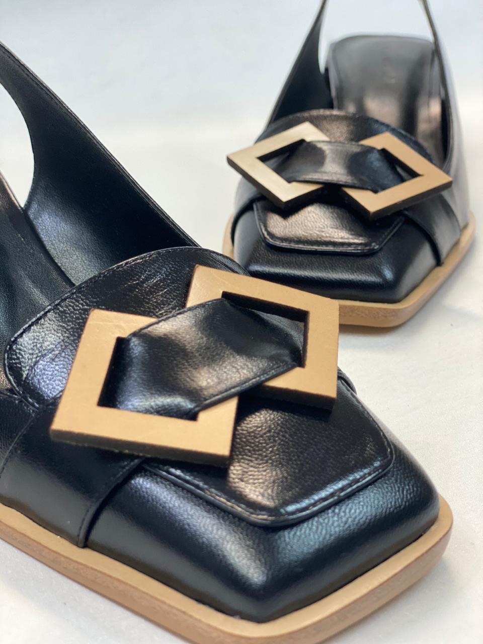 Sapato Chanel Lorraci Pelica