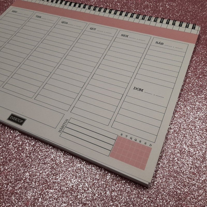 Planner de mesa Evertop rosa com estampa quadriculada com espiral