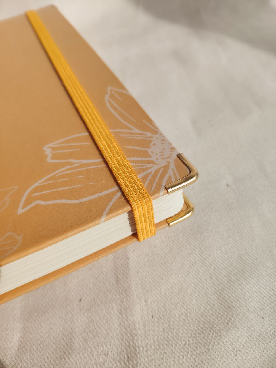 caderneta daisies papel 120g/m²