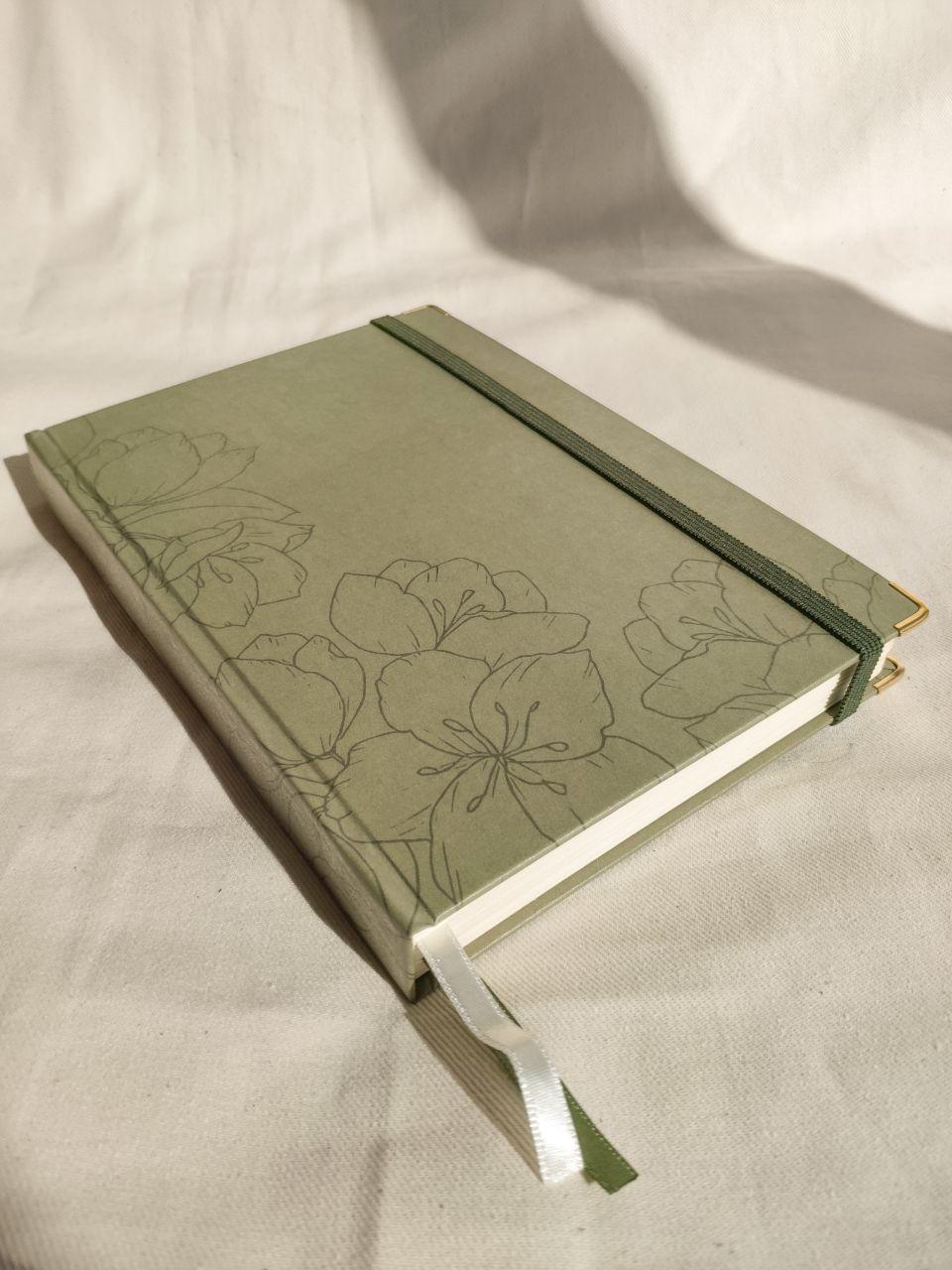 caderneta flora green 90g/m²
