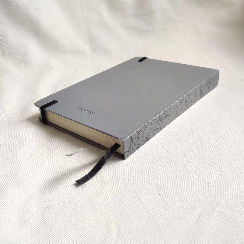 caderneta lombada florida cinza 120 g/m²