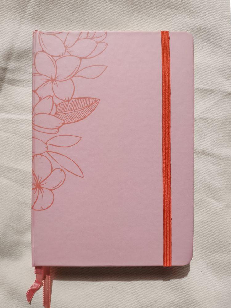 caderneta pluméria rosinha papel 120g/m²