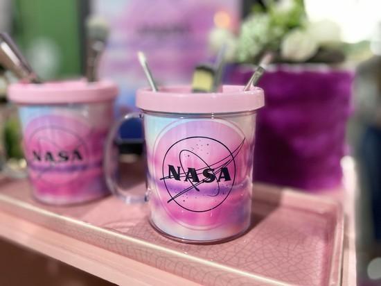 Caneca Fotografica NASA Rosa