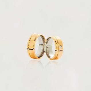 Aliança em Ouro 18k com Aço Cirúrgico Largura : 8,3 mm