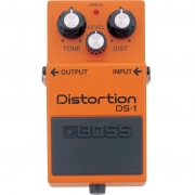 BOSS  Pedal de Efeito para Guitarra Distortion DS-1