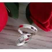 Alianças Personalizadas Amore em Prata com Pedra 4mm (Par)